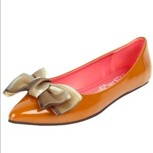 Shoes - Beautiful brown Ballet shoes with oversized bow